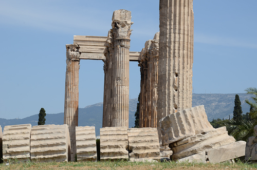 Athens_ancient Greek ruins