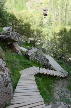 Ihlara Valley_stairway up