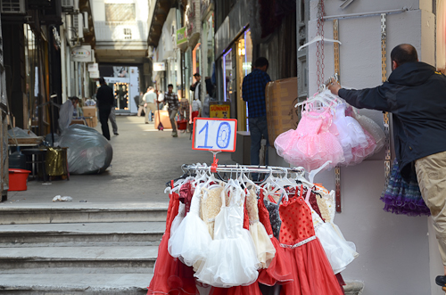 Istanbul_Spice Bazaar-dresses