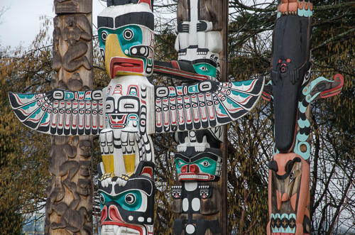 Vancouver-StanleyPark_totems-2
