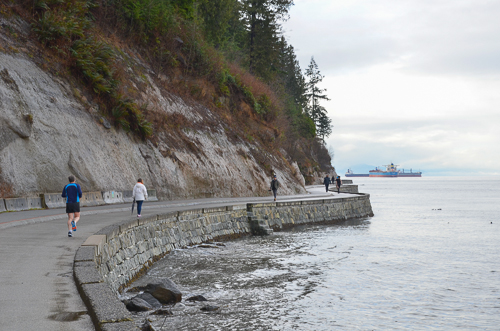 Vancouver_StanleyPark_Seawall-2